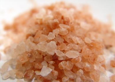 Кръвното налягане се намалява от хималайската сол
