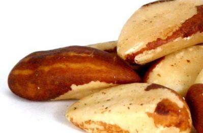 За висок холестерол яжте бразилски орех