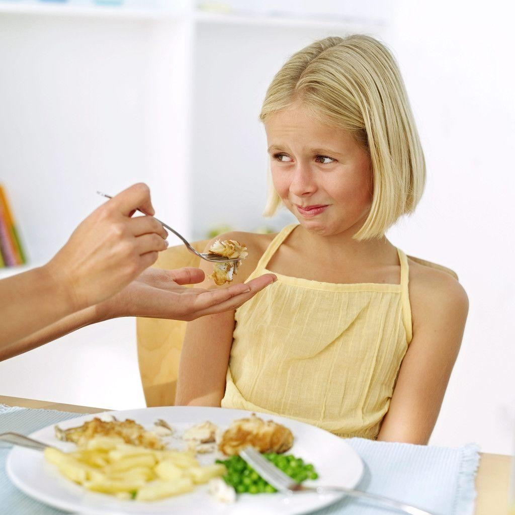 Как да накараме детето си да яде здравословна храна?