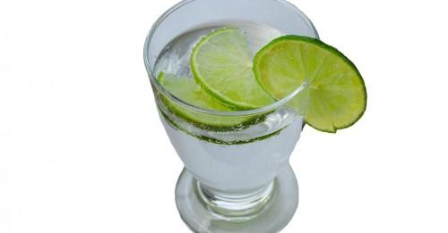 Ползите за тялото от консумацията на ломонена вода.