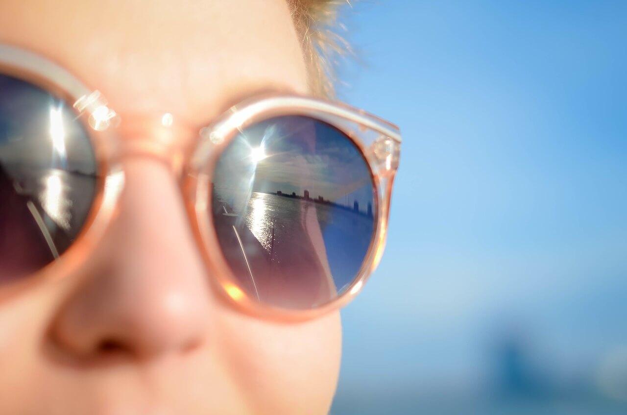 10 начина да предпазим очите си през лятото